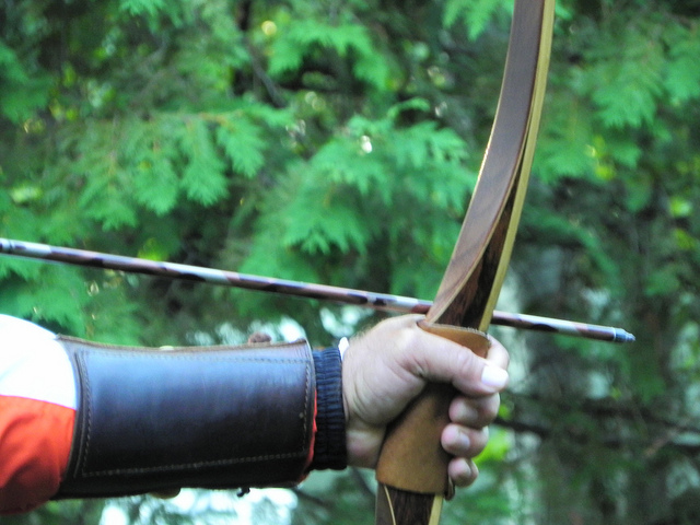 5 Great Wooden Longbows
